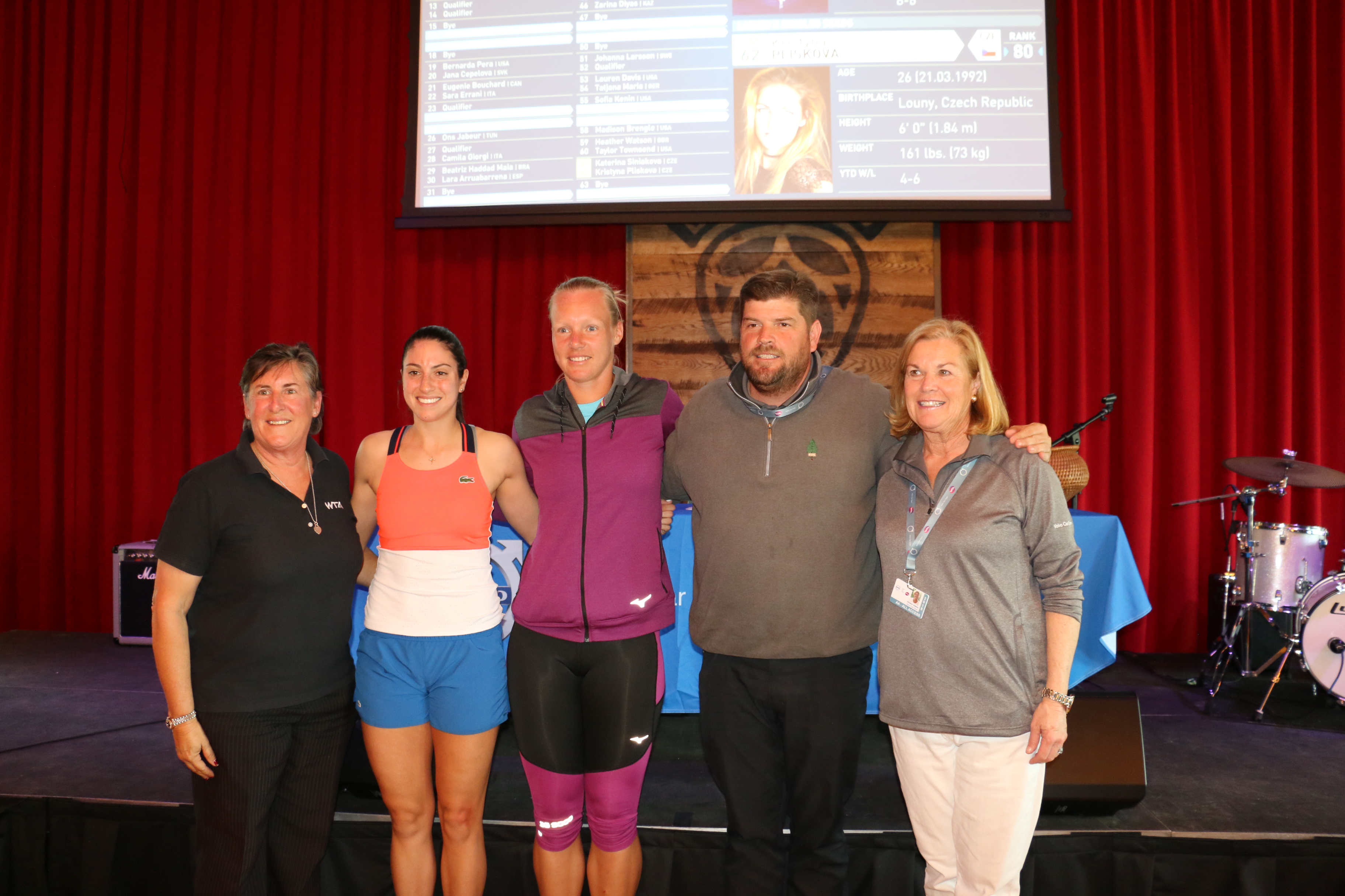 Pam Whytcross of the WTA, players Christina Mchale and Kiki Bertens, and VCO tournament executives Bob Moran and Eleanor Adams gather at the conclusion of the official draw.