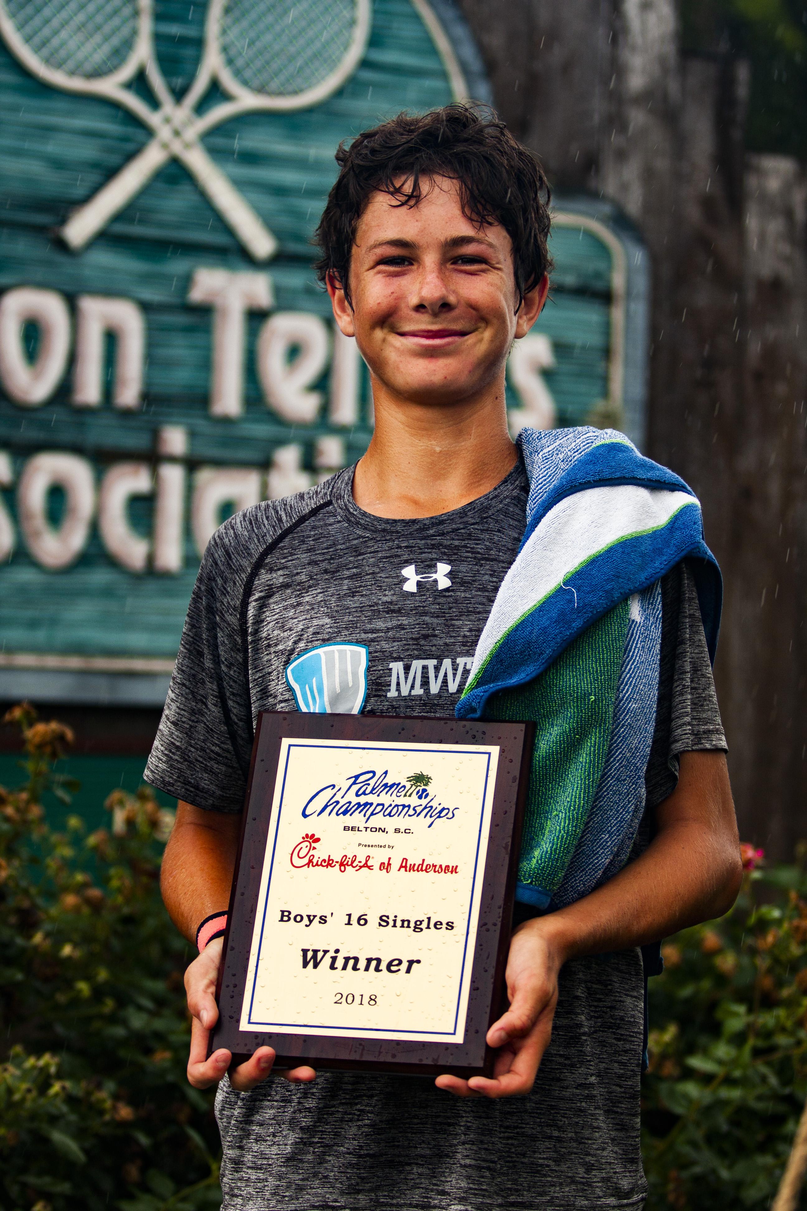 Maxwell Smith Boys' 16 Champion